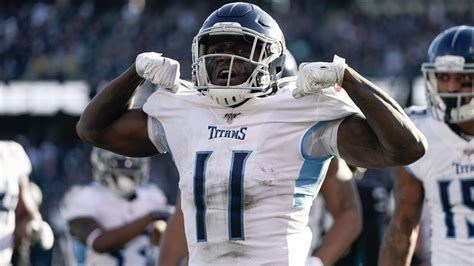 Week 15 Fantasy Football Waiver Wire Pickups: Titans WR A