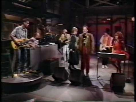 The B-52's - Love Shack (Live 1989) - YouTube