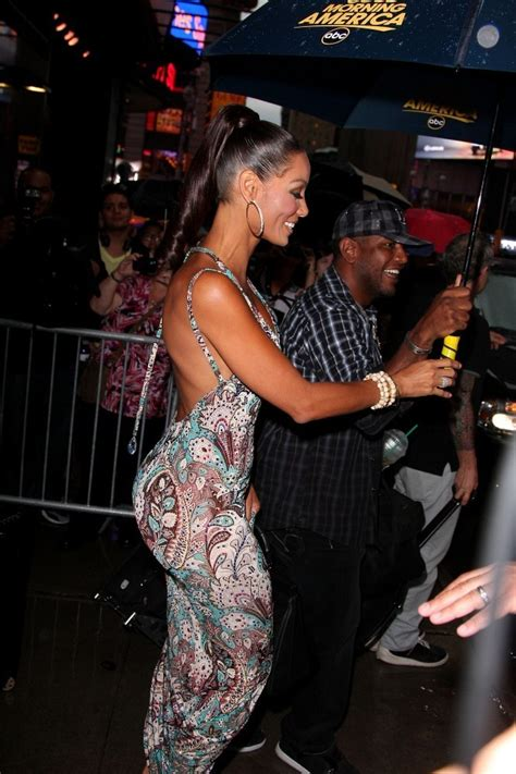 Nicole Murphy Photos Photos - Nicole Murphy Leaves 'Good