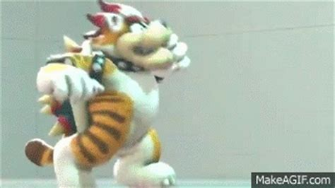 Cat Bowser Dancing :3 on Make a GIF