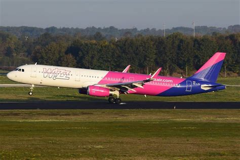 Wizz Air Fleet Airbus A321ceo/neo Details and Pictures