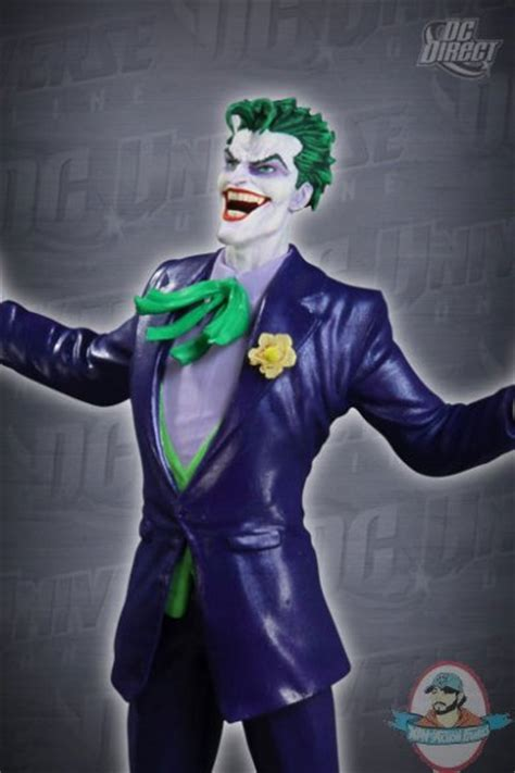 DC Universe Online: The Joker Statue by DC Direct | Man of